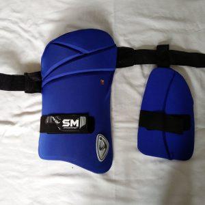 SM Pintu Play on Dual thigh pads Thigh Guard